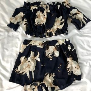 2 Piece Floral Matching Crop Top and Shorts